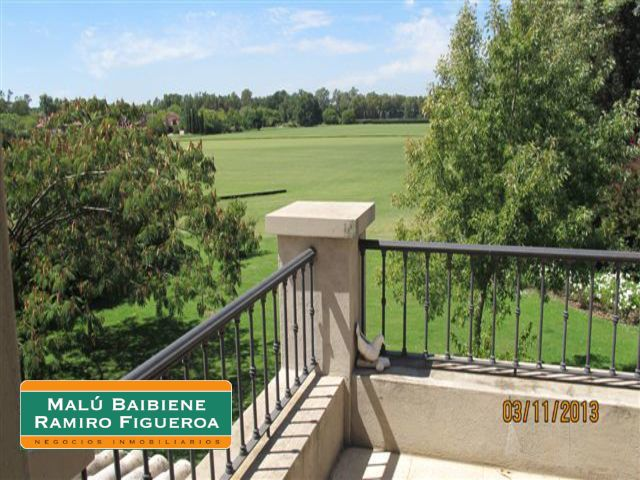 Martindale Country Club REF 0220