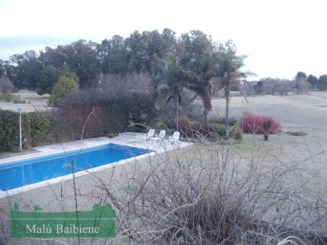 Martindale Country Club REF 0243