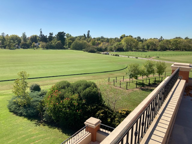 Martindale Country Club REF 0213