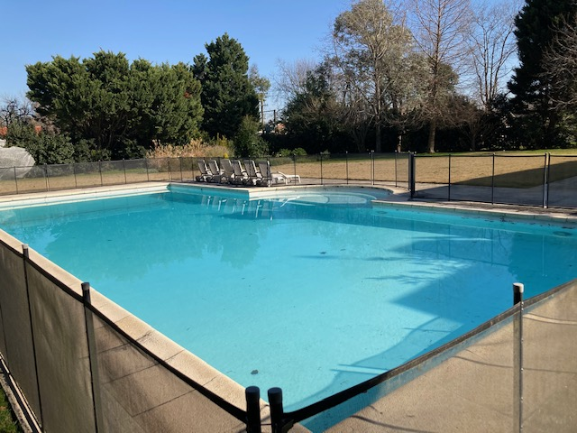 Martindale Country Club REF 0221